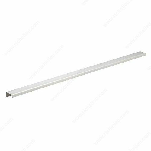 Richelieu BP57631170A Contemporary Aluminum Edge Pull - 576